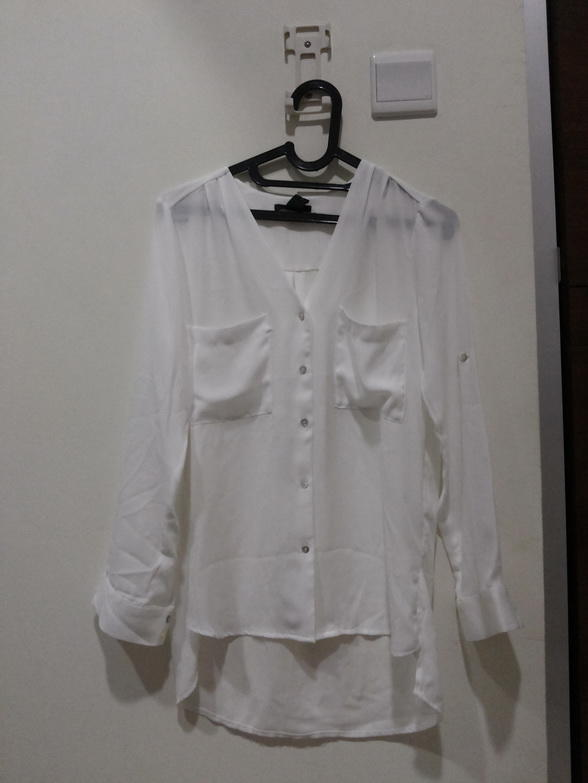 **FOR SALE* H&M BASIC WHITE SHIRT & COTTON ON PRELOVED SWEATER