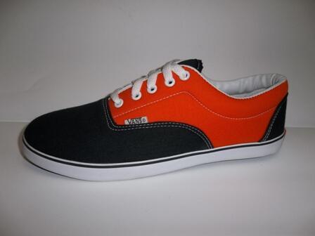 Terjual Jual sepatu Vans LXVI 85017388e1