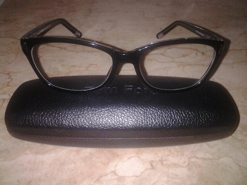 Jual rugi Frame kacamata Tom Fort