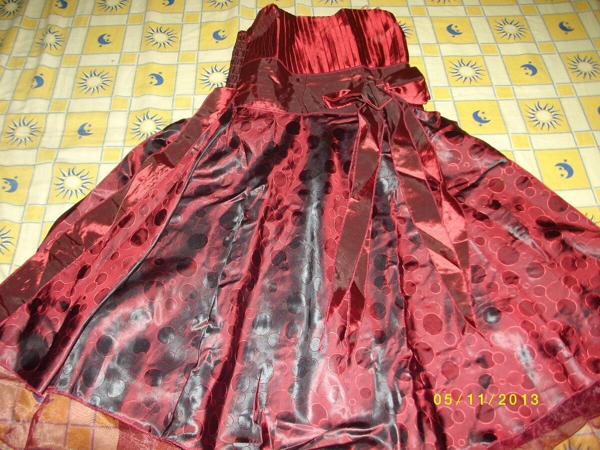 Gaun Merah Hati bahan Satin MURAHHHH