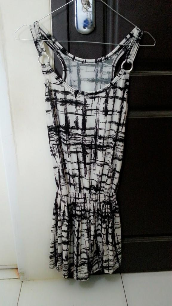 WTS DRESS NEW AND SECOND GOOD CONDITION