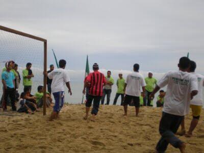 Mengenal Sepak Bola Pantai :)