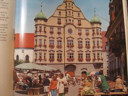 Buku Hard cover Englsih/German/France ttg BAVARIA