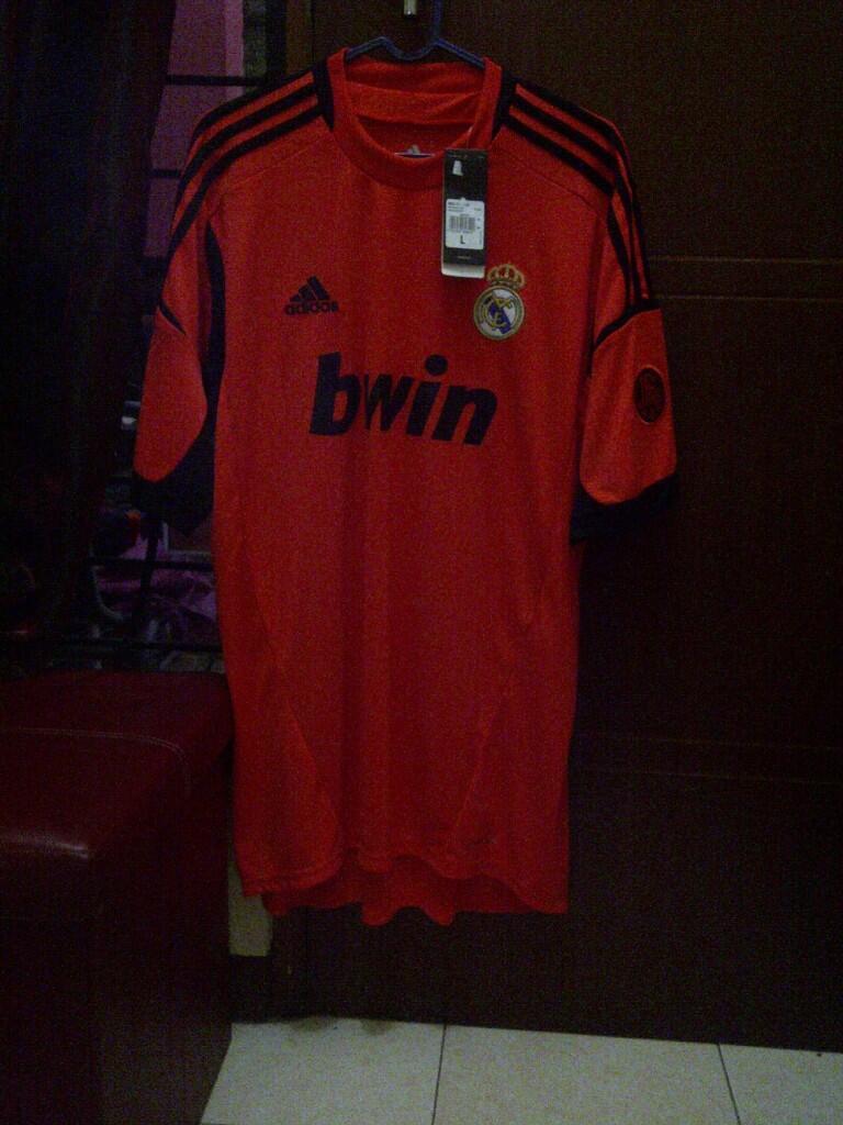 WTS Jersey ORIGINAL REAL MADRID TURUN HARGA!!!!!