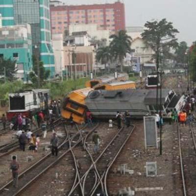 Daftar kecelakaan kereta api terparah di Indonesia