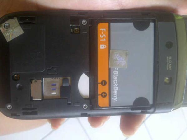 Blackberry 9810 White, Fullset, Ex Tam, Masuk gan !!