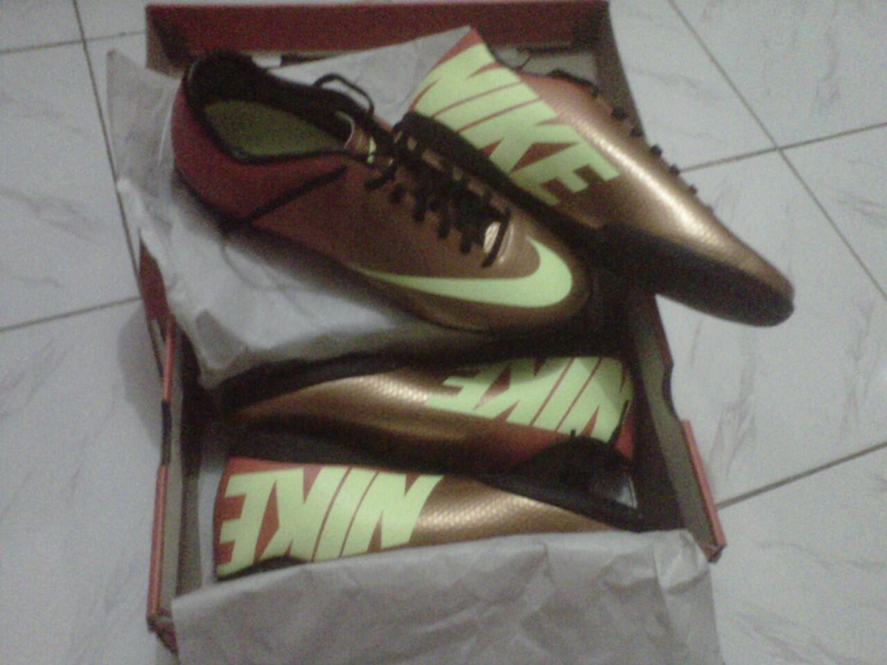 Jual [Lelang] Futsal Nike Mercurial victory IV IC sunset murmer gan,