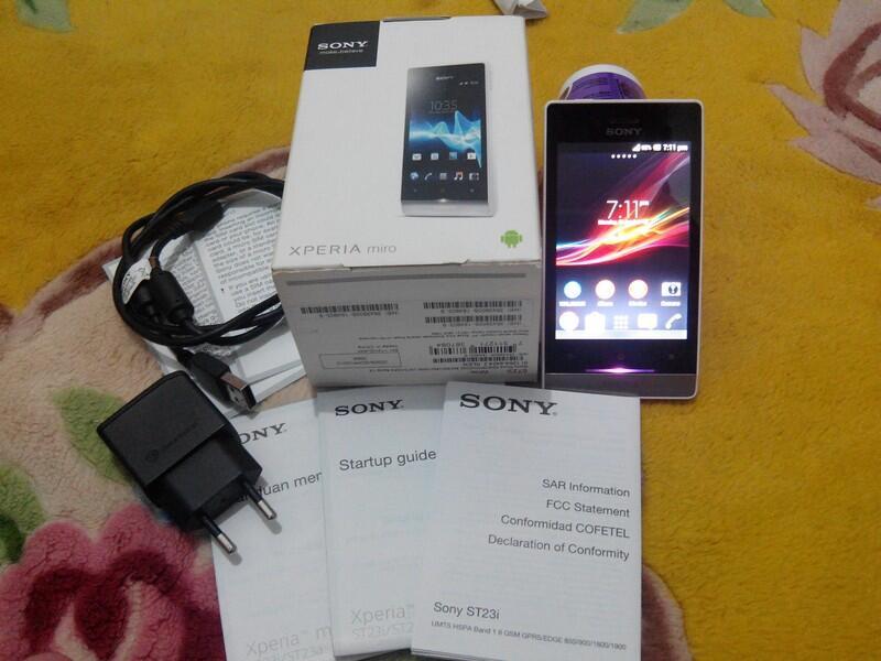 Dijual Sony Xperia Miro White (ST23i) Murmer