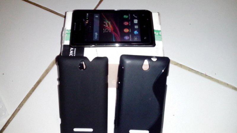 ( wtb ) Sony Xperia E dual...Murah ada Bonus