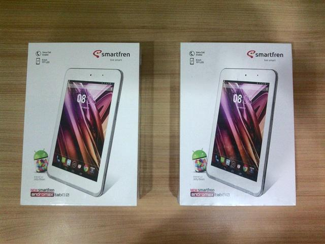 "Smartfren Andromax TAB 8 (HD 8""inch, Proccesor 1.5Ghz)"
