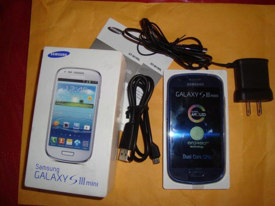 JUAL Samsung Galaxy S III mini hrg 1,7jt minat tlp/sms 085315218734
