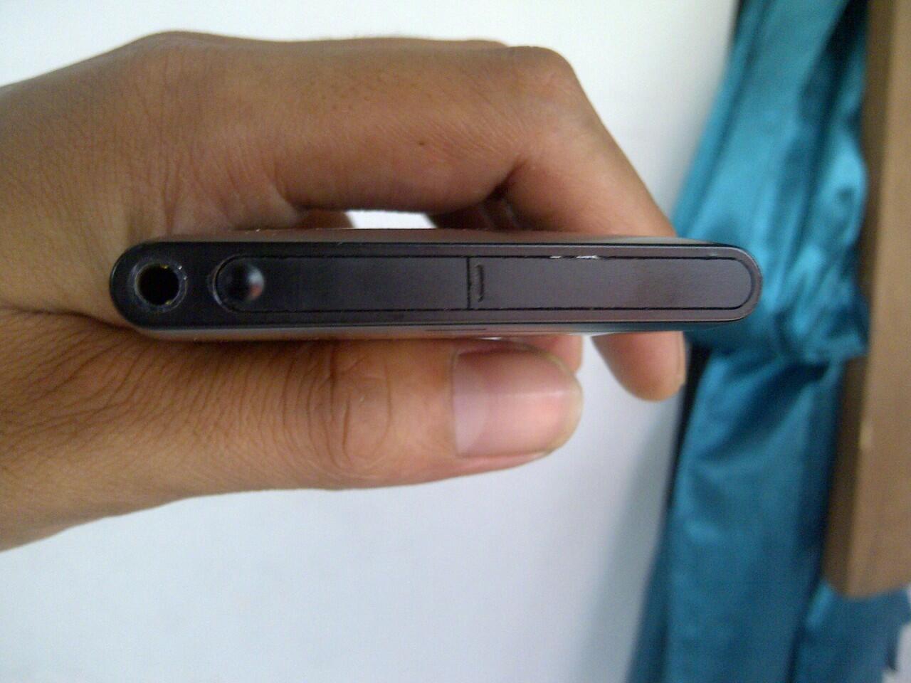 lumia 800 windows phone 7.8 warna hitam 16gb MURMER