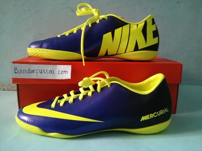 Jual sepatu futsal Nike mercurial victory 4 ic 555614-570 electro purple / Volt ori