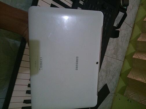 Samsung Galaxy Tab 2 10.1 P5100 Lengkap White Mulus Garansi Panjang [jogja]