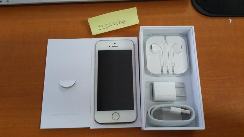 Jual BNIB Iphone 5S Gold 32Gb Factory Unlock COD only Bandung
