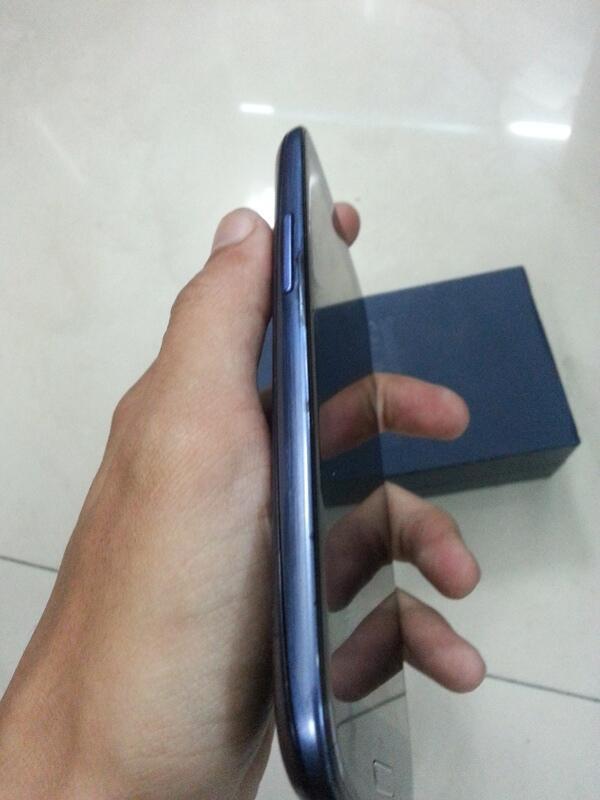 WTS Samsung Galaxy S3 Blue Fullset SEIN Bogor Depok Jakarta TT/Barter Murah !!!