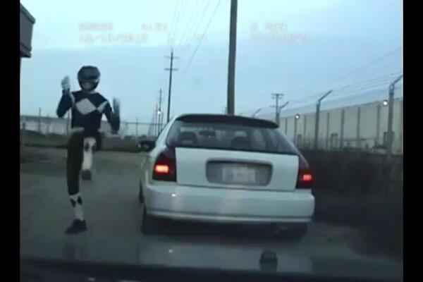 [Power Ranger Juga Manusia] Ketika Power Ranger Kena Tilang