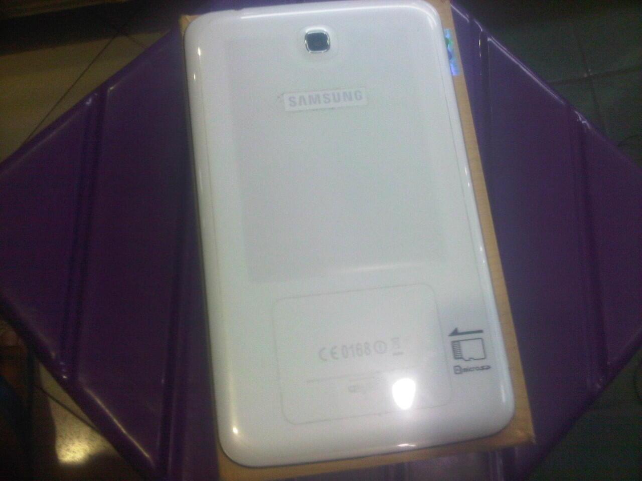Galaxy Tab 3 7.0 (SM-T210) white wifi only mulussss (arab)
