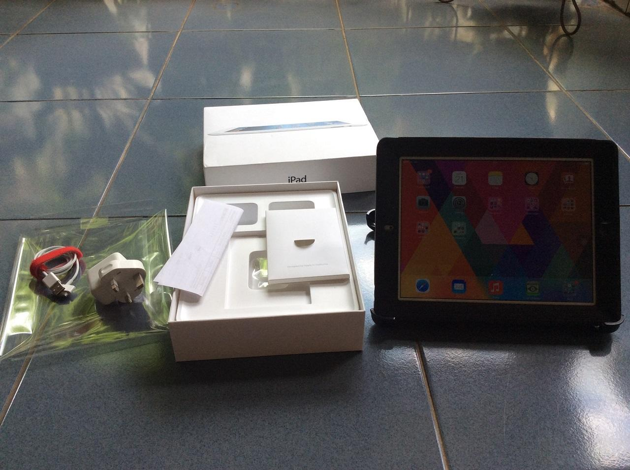 IPAD 3rd gen wifi+cell 64Gb white mulus