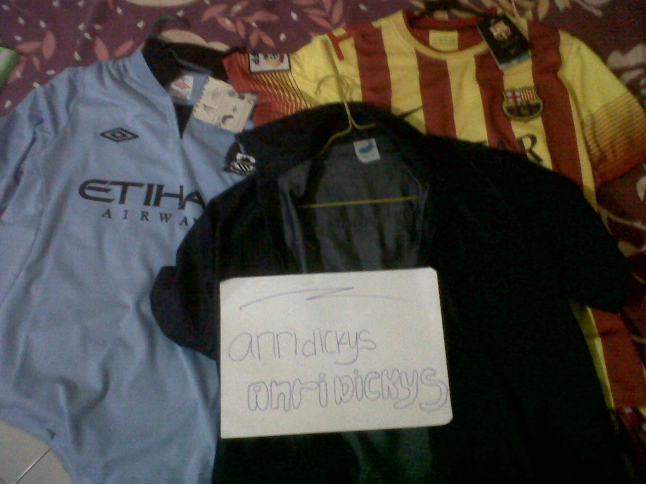 Jersey BARCA AWAY 13-14 (player issue), MAN.CITY HOME 12-13 and CHAMBRAY ZULE