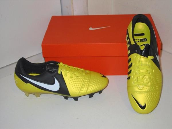 Promo Sale ! Sepatu Bola Nike CTR360 Maestri III ACC FG ! Limited 40-44 !