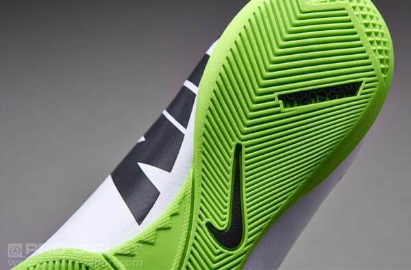 Preorder Sepatu Futsal New Nike Mercurial Victory IV IC White ! Limited Stock !