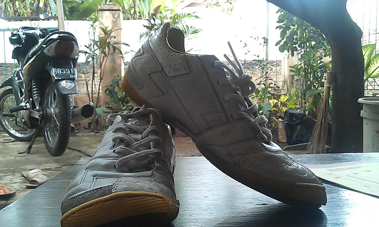 Nike T5 40