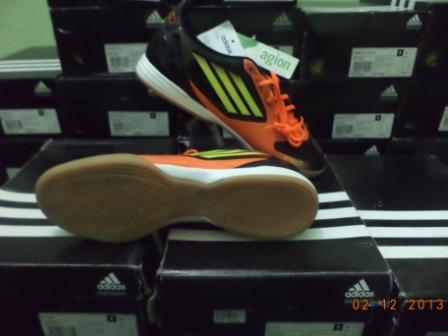 WTS,sepatu futsal adidas original