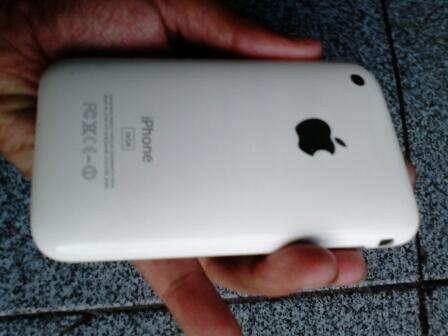 JUAL MURAH..Iphone 3G 16GB FU Fullset..cod Bandung
