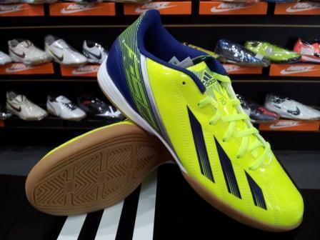 [@BABAsStore] Sepatu Futsal ALL ORIGINAL ! Masuk!