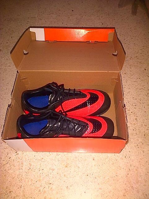 Sepatu Futsal Hypervenom Surabaya
