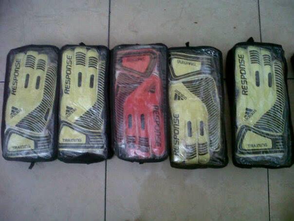 Sarung Tangan Kiper Adidas Response Import Murah