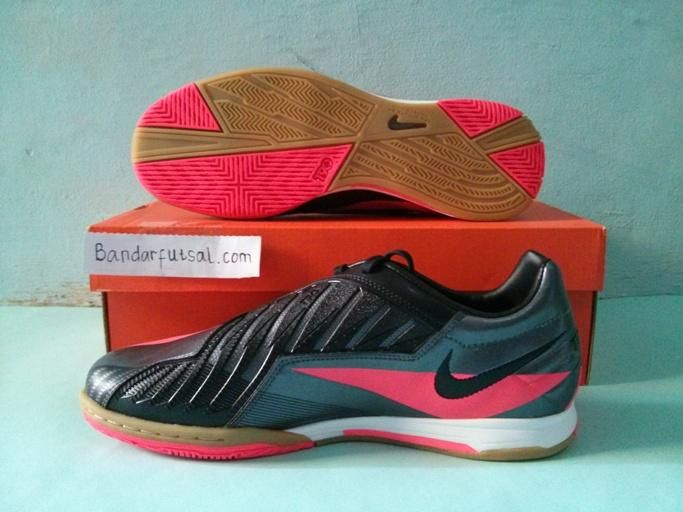 Jual sepatu futsal Nike T90 shoot IV IC dark grey / solar red original