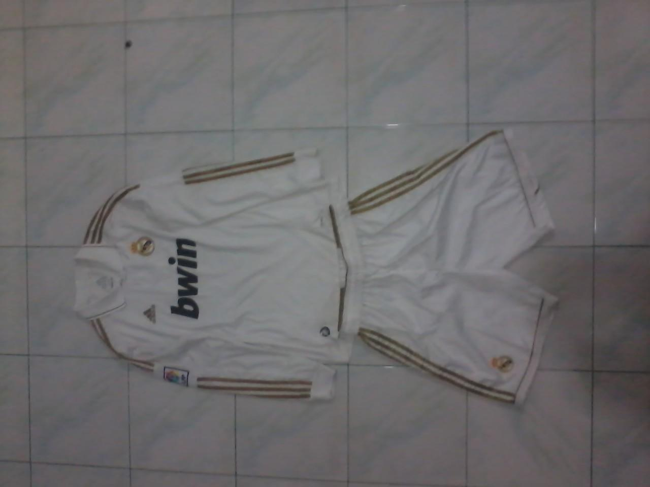 Jersey Real Madrid Home Lengan Panjang