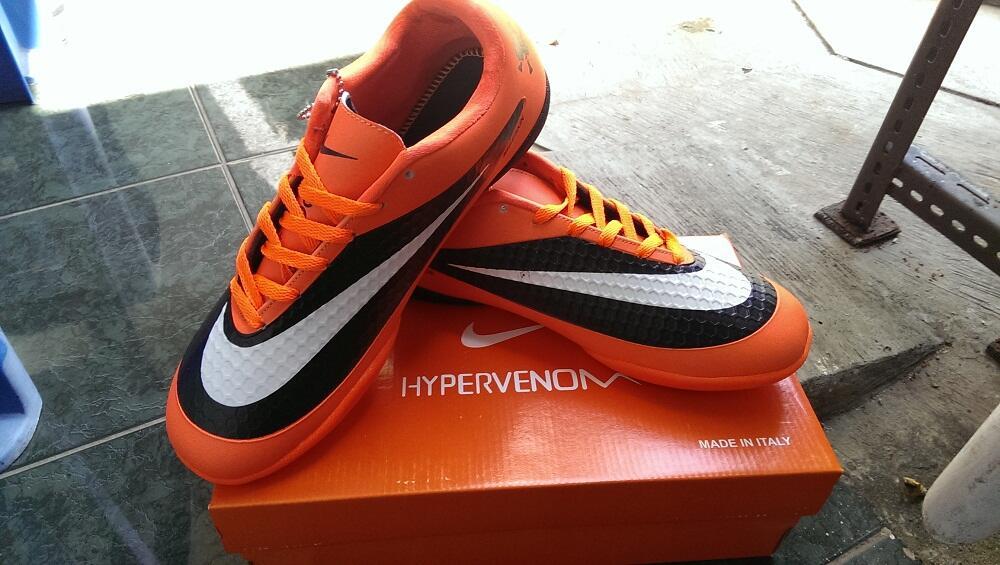 Sepatu Futsal NIKE Hypervenom Phantom IC KW Super