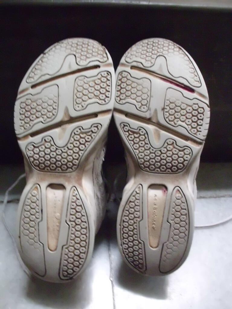 Garage sale Sepatu running New Balance dan Mizuno Original. Kondisi apa adanya