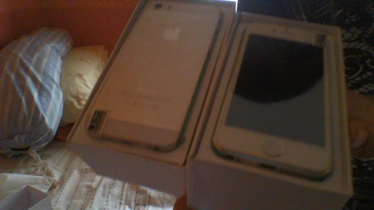NEW IPHONE 5S 16GB (SUPERCOPY) muraaahh!!