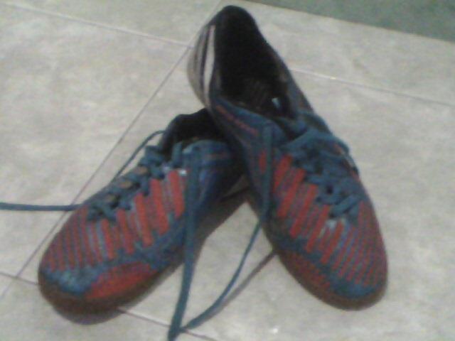 sepatu futsal adidas size 42 made in vietnam