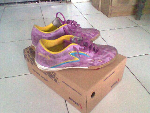 Sepatu SPECS Futsal Sasak-IN purple