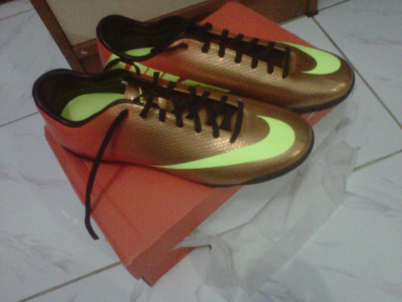 JUAL Sepatu Futsal Nike Mercurial Victory IV Sunset