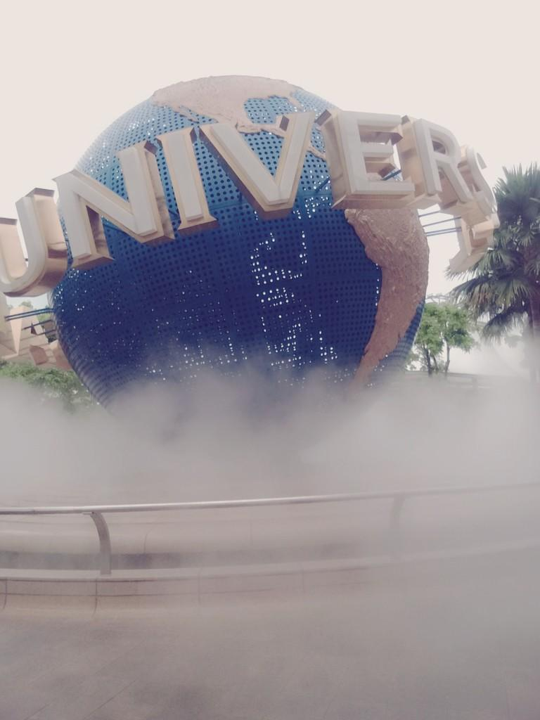 AMAZING SINGAPORE + UNIVERSAL STUDIO SINGAPORE ( USS )