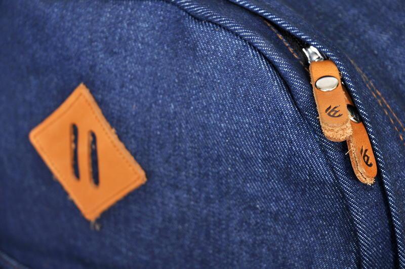 Tas Ransel Laptop Sekolah Pria / Wanita Original Branded FREE ONGKIR - Esgotado
