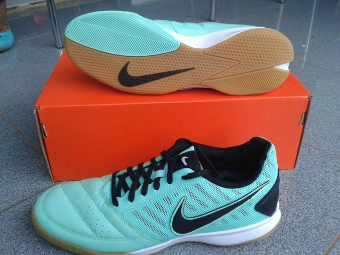 Jual sepatu futsal Nike gato II green glow/black-white original