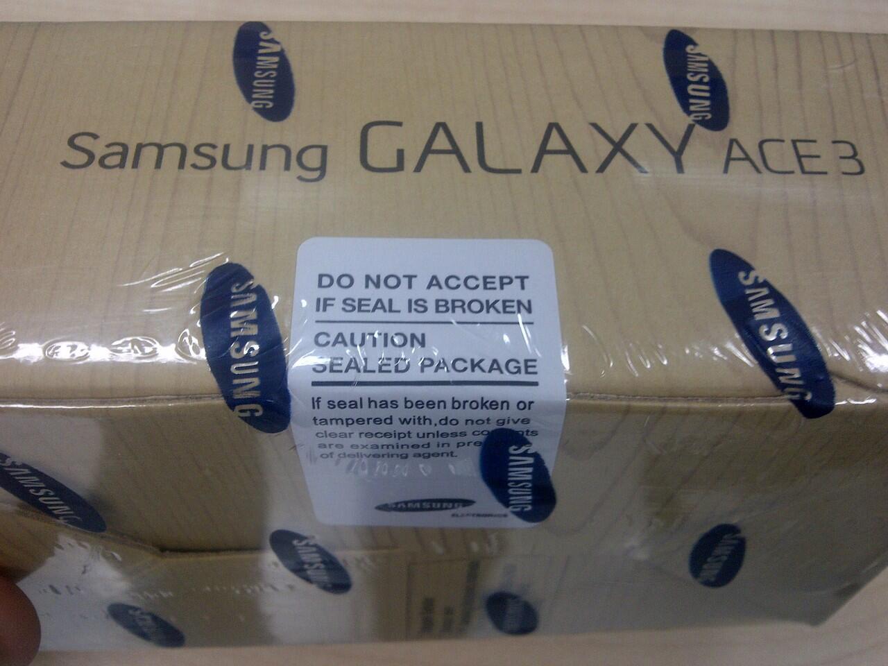 WTS SAMSUNG GALAXY ACE 3 NEW METALIC BLACK (BNIB)