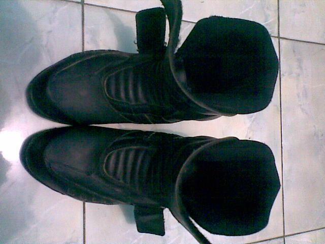 Jual Sepatu Tomkins Touring