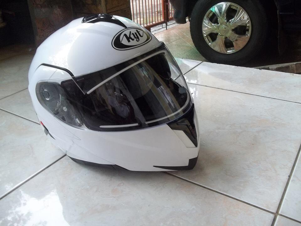 wingrack givi lokal tanpa baseplate dan helm kyt rrx double visor..depok