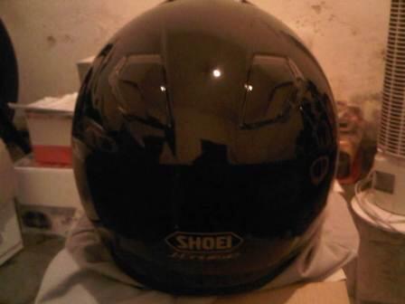 Helm Shoei