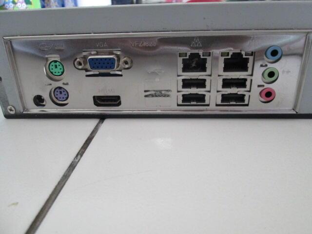 1 Set Mini PC (Mini PC+Monitor+Keyboard+Speaker)