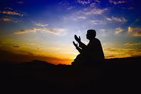 Pengusaha Sukses yang Tetap Membaca Al - Quran
