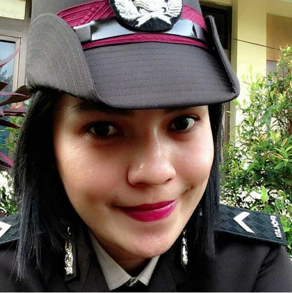 Foto-foto Selfie Polwan kita yg Bikin Gemessss (IGO, NO BB)